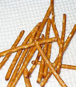 Mini_pretzel_rods