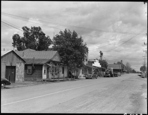 lossy-page1-765px-Florin,_California._Main_Street_of_this_small_town_in_the_center_of_the_strawberry_and_grape-_produ_._._._-_NARA_-_537883.tif