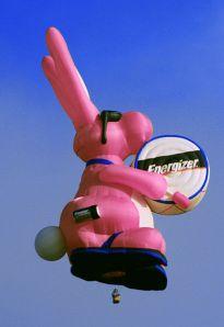 411px-Energizer_Bunny_Hot_Air_Balloon_2009